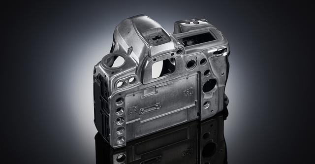 画像: マグネシウム合金製のボディ外装