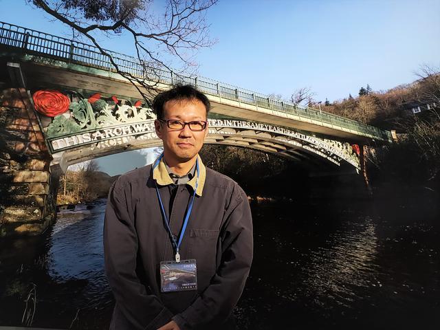 画像: 写真家の近藤太智さん。これからもライフワークとして、国内外の古い橋を撮影し続けていきたいそうです。