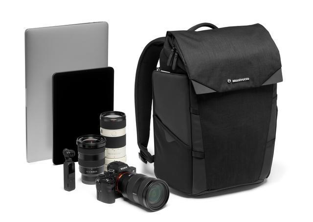 画像: Chicago バックパック 30 収納例:レンズ付きミラーレスカメラ1台+交換用レンズ2~3本+ジンバル+14インチノートPC+パーソナルアイテム