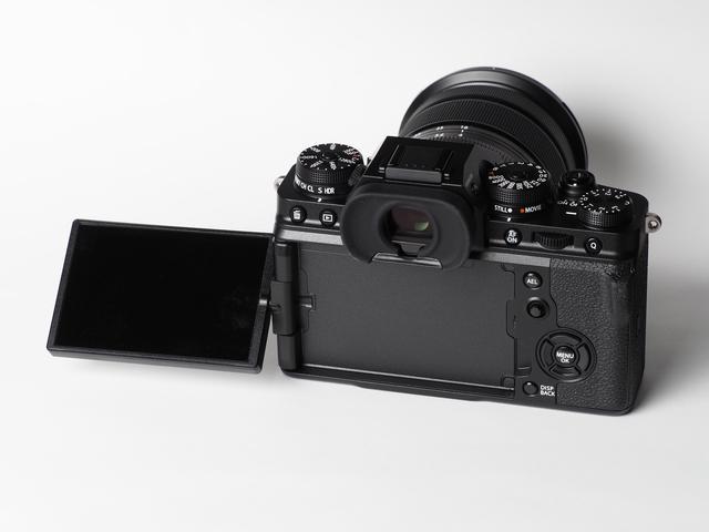 画像5: 富士フイルムはXシリーズの最新モデル「X-T4」を発表。 ボディのみ市場想定価格は20万4500円。