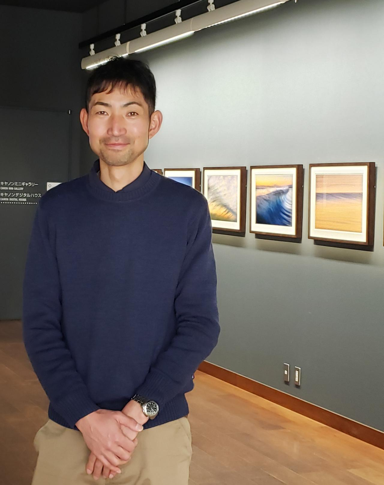 画像: 湘南を拠点に活動する、写真家でありサーファーでもある熊野 淳司さん。 サーフィン、アウトドア系を中心とした撮影や、写真撮影スタジオ「STUDIO467」の運営もされています。