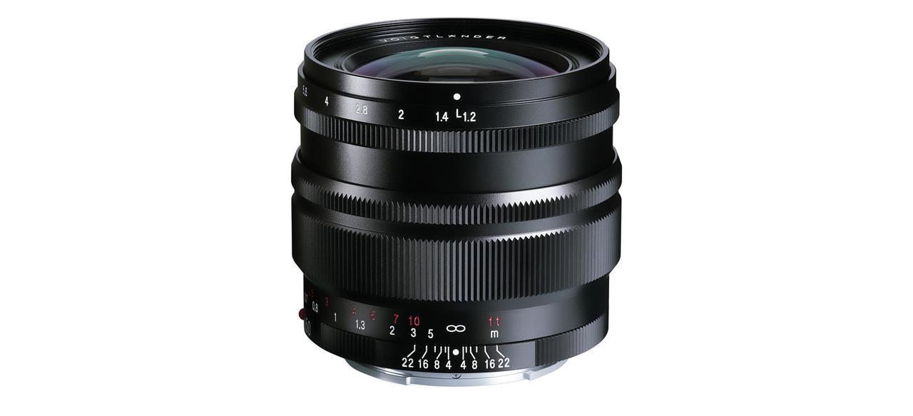 画像: フォクトレンダーNOKTON 50mm F1.2、ソニーEマウント用の新デザインSEシリーズで、コシナから7月発売。価格は11万5000円(税別)。 - Webカメラマン