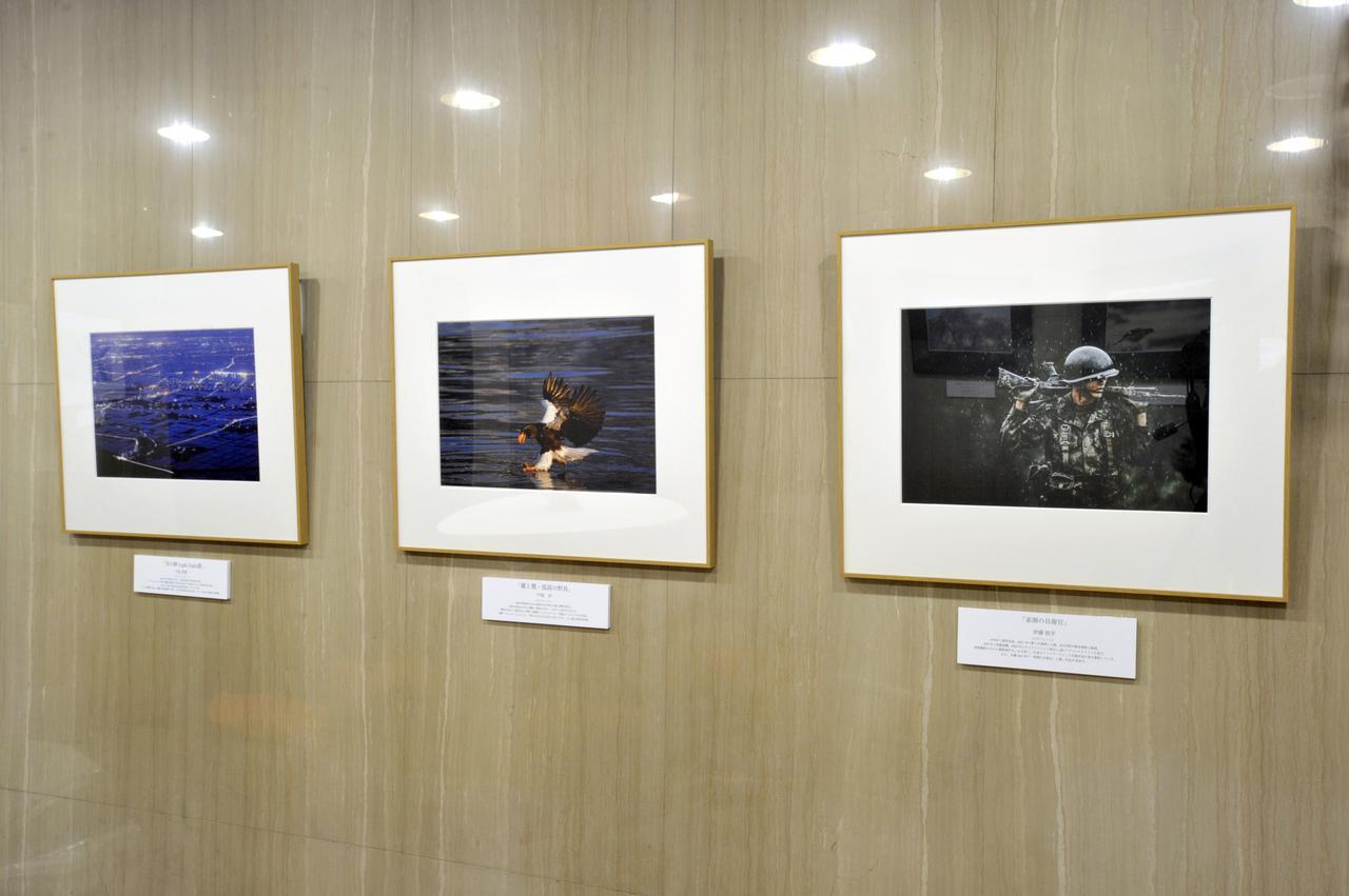 画像: ▲展示作品(敬称略)は左から川北茂貴族、戸塚学、伊藤悠平。 mm-style.jp