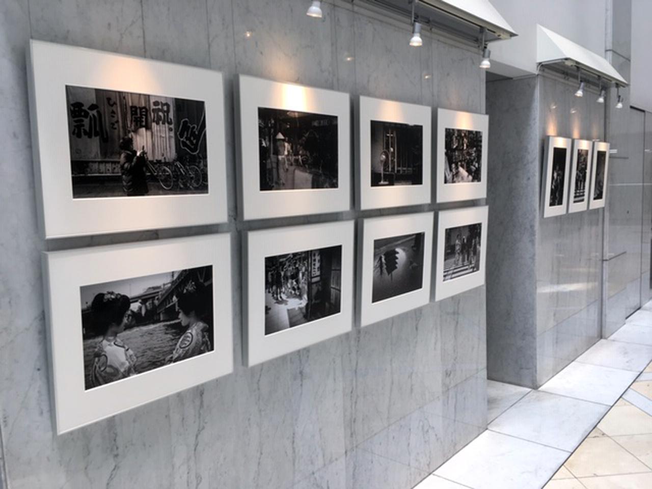 画像2: 写真家親子の競演です。元・日本写真家協会会長の熊切圭介氏と、ご子息の熊切大輔氏がロングラン個展を始めています。