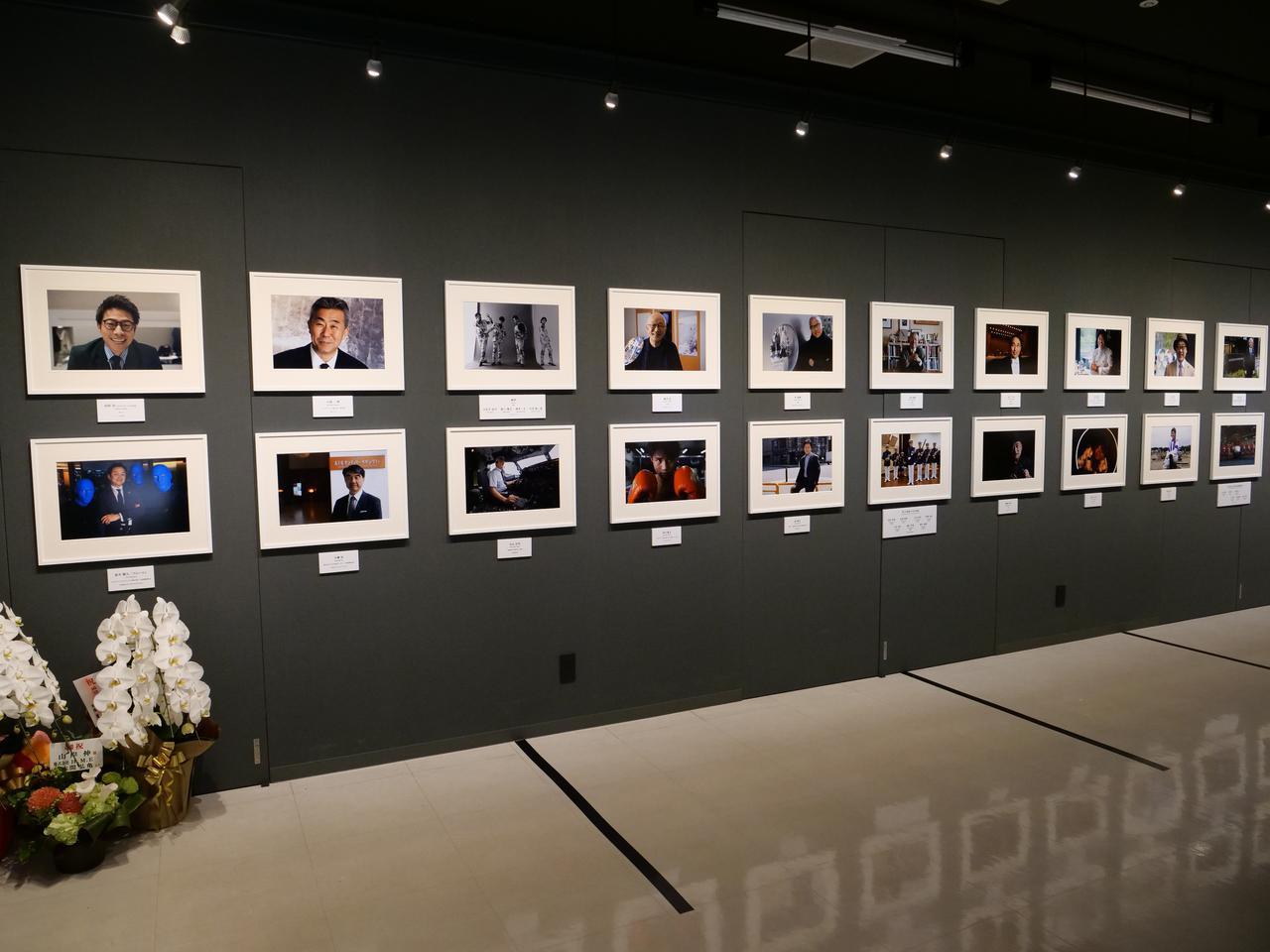 画像: 山岸 伸 写真展『瞬間の顔vol.12』、オリンパスギャラリー東京。 2020年7月17日~7月29日。