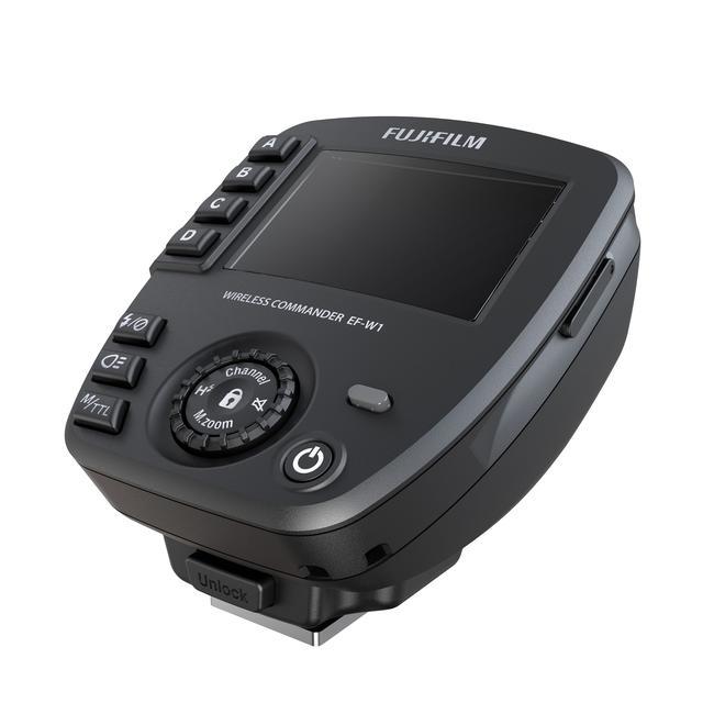 画像: ワイヤレスコマンダー EF-W1も同時発売