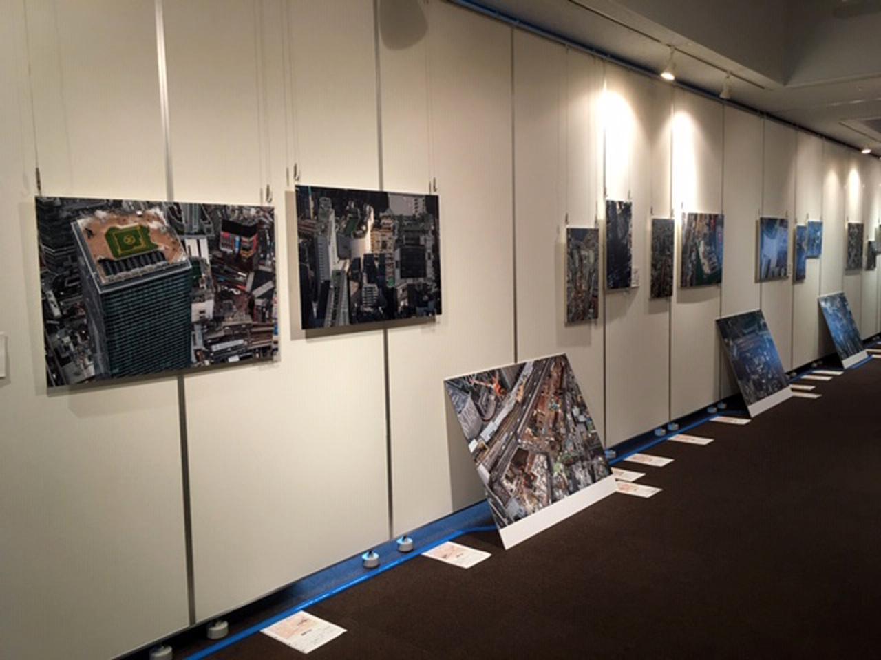 画像2: 吉永陽一空撮鉄道駅写真展「空鉄 うつろい~渋谷駅10年間の上空観察~」は、8月15日(土)まで開催されます。