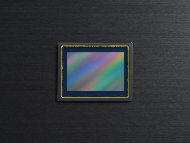 画像: ▲Z 7Ⅱのイメージセンサー。基本的にはZ 7と同じ4580万画素。