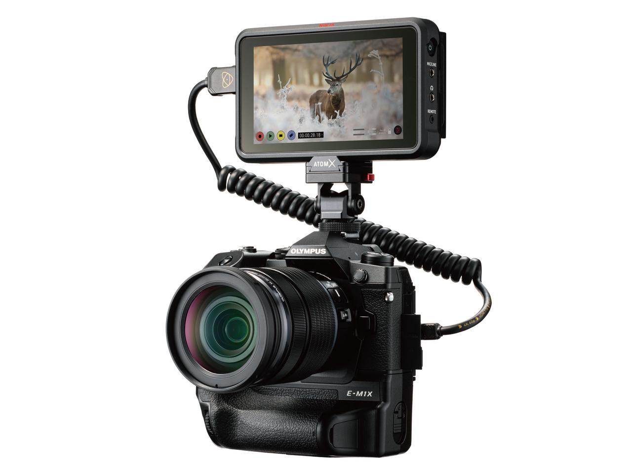 画像: ATOMOS社製 HDRモニター/レコーダー「NINJA V」への動画 RAWデータ出力に対応する。