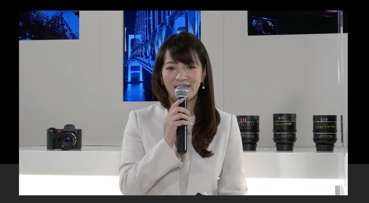 画像: ▲発表会はライカプロフェッショナル東京、ライカカメラ社(ドイツ・ウェッツラー)を結んで行われた。