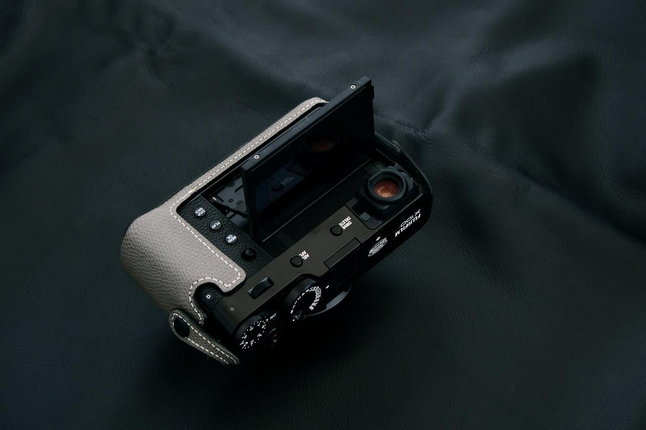 画像3: INDUSTRIAは富士フイルム「X100V」専用の本革製ケースの新色(ブラック)を販売開始!