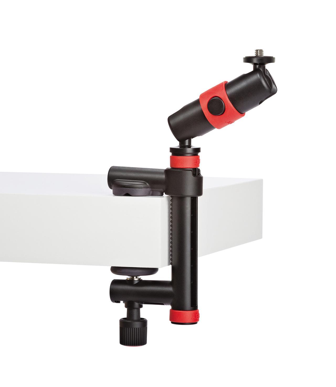 画像: ロッキングアームの2か所のボールジョイントを使って角度調整が可能。天板の厚さ50mmまでの机・テーブルや柱に取り付けることができる。剛性感のある造りも魅力だ。