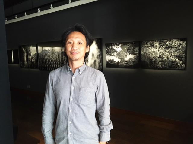 画像: 作者、竹沢うるま氏。