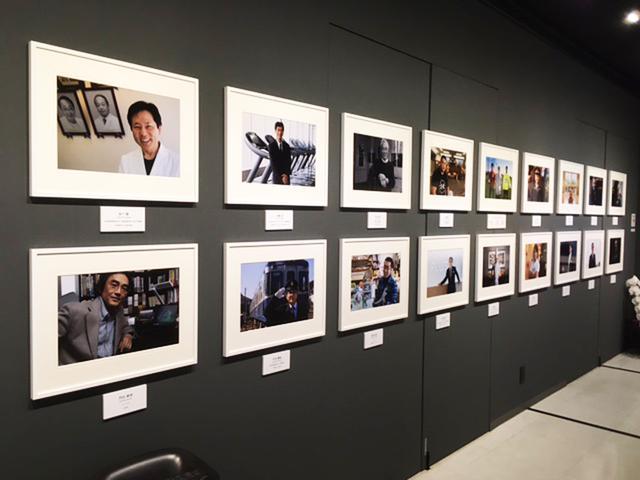 画像2: 山岸 伸写真展『瞬間の顔 Vol.13』。1年365日、1年100組撮影する、根気と活力を要する写真展です。