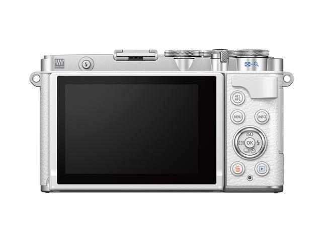 画像: ディメンション比較 PEN E-P7     118.3×68.5×38.1mm PEN-F     124.8×72.1×37.3mm PEN E-PL10    117.1×68×39mm イメージとしてはPLのボディにPEN-Fの機能を詰め込んだ感じか。