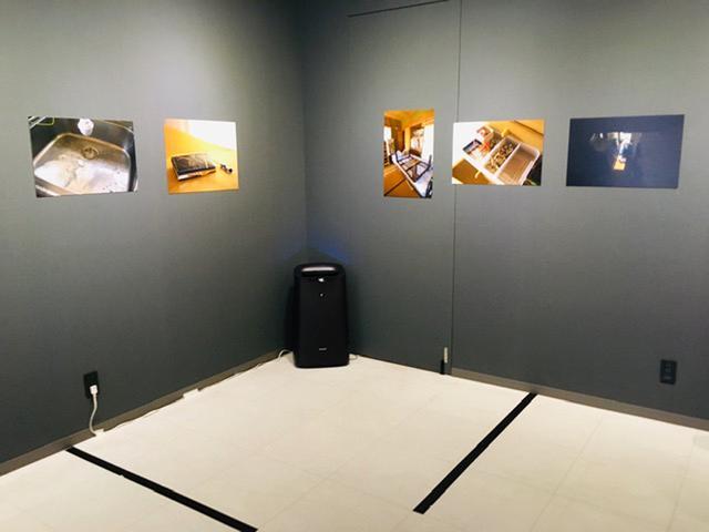 画像1: 宇井眞紀子写真展『息の緒』。作者の両親と母方の祖母が暮らした家を解体することになった。作者自身も8年間ほど暮らしたこともあって家の最期を見届けたいと思い、綴った軌跡。