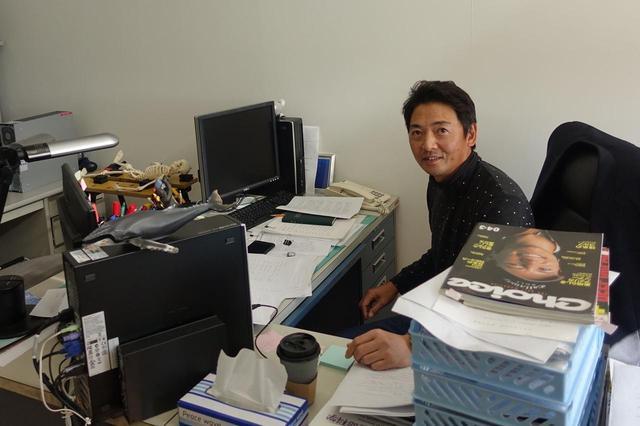 画像: (学)日本医科大学 日本獣医生命科学大学 運動科学教室の濵部教授。動作解析の専門家であり、パッティングの転がりを研究テーマのひとつとしている