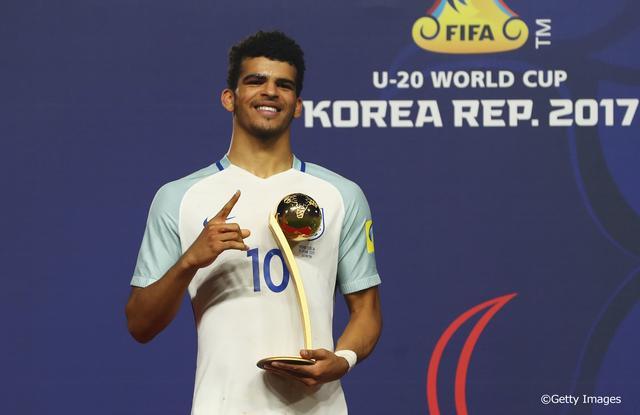 画像: FIFA U-20ワールドカップ韓国2017でイングランド優勝の立役者に。自身もMVPとなるゴールデンボール賞を獲得した。