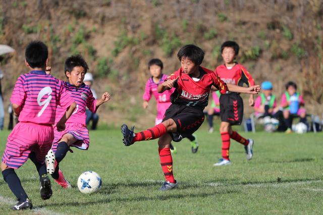 画像: 選手宣誓をした新田キャプテン率いるFC北砂 U-12も準々決勝に駒を進めている
