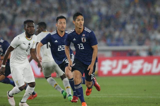 画像: ※武藤は後半のみのプレーとなったが、果敢にゴールを狙い続けた。 写真:福地和男/BBM