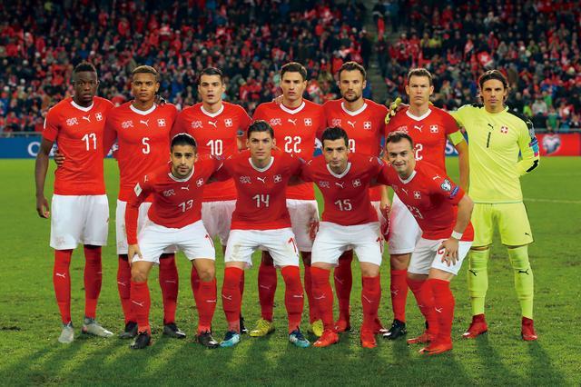 画像: スイス◎4大会連続11回目:1934、38、50、54、62、66、94、2006、10、14年 / FIFAランク◎6位 / 監督◎ブラディミル ペトコビッチ