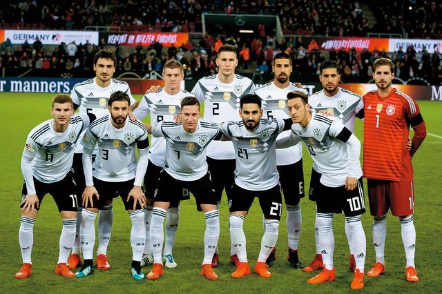 画像: ドイツ◎17大会連続19回目:1934、38、54、58、62、66、70、74、78、82、86、90、94、98、2002、06、10、14年 / FIFAランク◎1位 / 監督◎ヨアヒム・レーブ