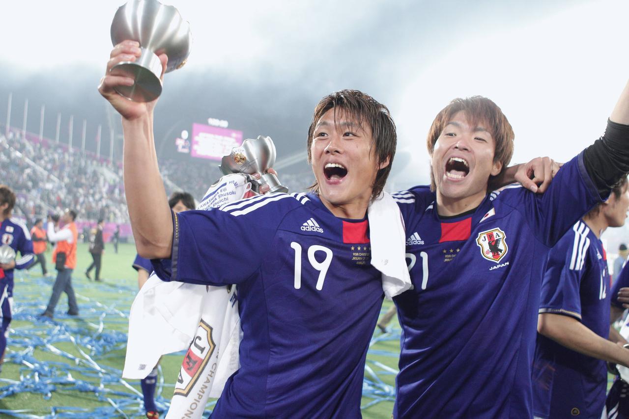 Images : 3番目の画像 - 幾多の苦闘を乗り越え、団結してアジア王座を奪還した日本(写真◎小山真司) - サッカーマガジンWEB