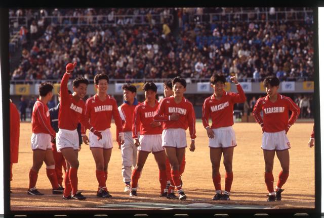 画像: 平成2年度大会(第69回)で準々決勝に進んだ習志野。鹿児島実業に敗れてベスト4入りはならなかった