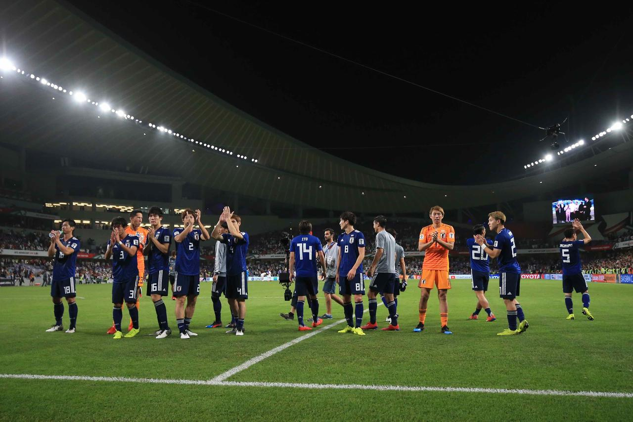 Images : 4番目の画像 - 今大会一番の出来で最強イランを破った日本。2大会ぶりの決勝進出を果たした(写真◎福地和男) - サッカーマガジンWEB