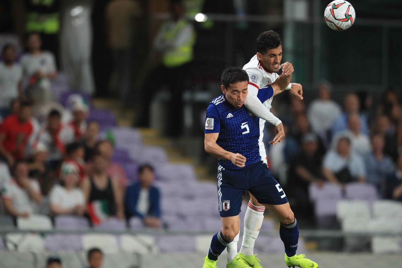 Images : 6番目の画像 - 今大会一番の出来で最強イランを破った日本。2大会ぶりの決勝進出を果たした(写真◎福地和男) - サッカーマガジンWEB