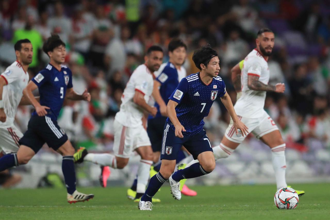 Images : 7番目の画像 - 今大会一番の出来で最強イランを破った日本。2大会ぶりの決勝進出を果たした(写真◎福地和男) - サッカーマガジンWEB