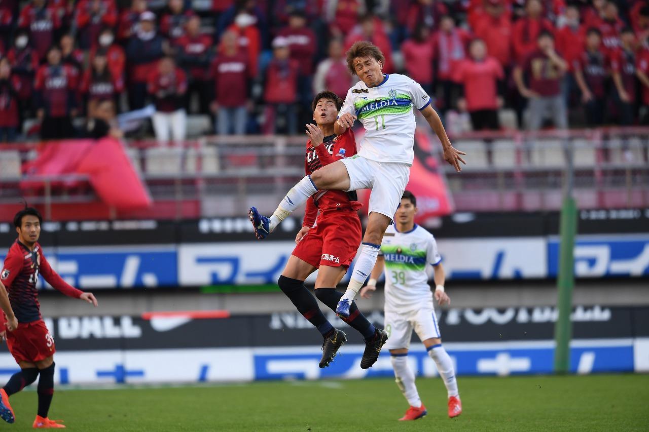 Images : 2番目の画像 - 鹿島がホームで湘南を破り、リーグ戦初勝利 写真◎J.LEAGUE - ベースボール・マガジン社WEB