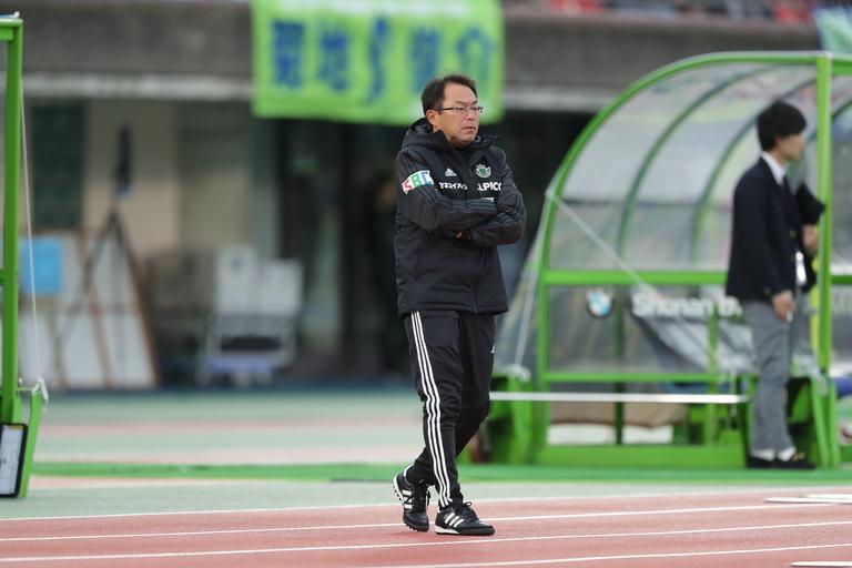 Images : 4番目の画像 - 湘南の武富に先制を許すも同点に追いつき、松本はアウェーで価値ある勝ち点1を手にした(写真◎J.LEAGUE) - ベースボール・マガジン社WEB