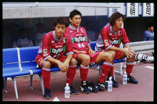 画像: 99年シーズンのひとコマ。左から小笠原、中田、平瀬智行(写真◎J.LEAGUE)