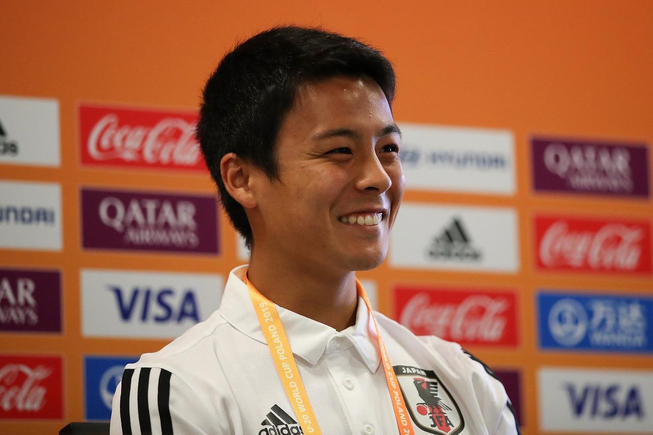 画像: 笑顔を絶やさないキャプテンの姿が、日本の躍進を支えた(写真◎Getty Images)