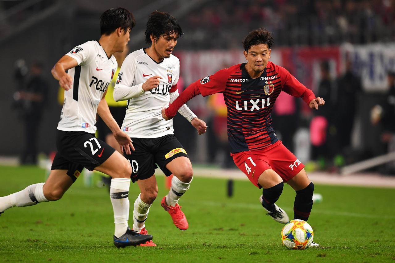Images : 1番目の画像 - 鹿島が浦和を破り、勝ち点3を積み上げた(写真◎Getty Images) - サッカーマガジンWEB