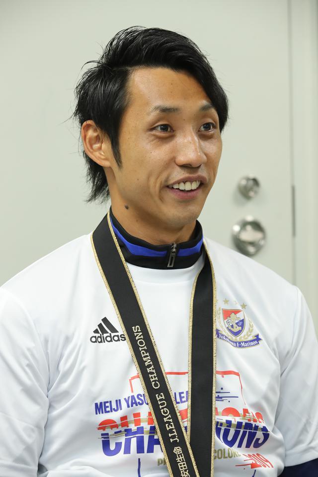 画像: パク・イルギュ◎1989年12月22日生まれ、埼玉県出身。朝鮮大を卒業後、2012年に当時JFLの藤枝に入団。翌年は関東リーグ1部のFC KOREAでプレーし、14年に再びJ3の藤枝に移り、定位置をつかんだ。16年に琉球に移籍、昨季は安定したセーブとビルドアップでJ3優勝・J2昇格に貢献。今季から横浜FMに加わると、シーズン途中から定位置を確保して優勝に大きく貢献した。180cm、76kg(写真◎田中慎一郎)