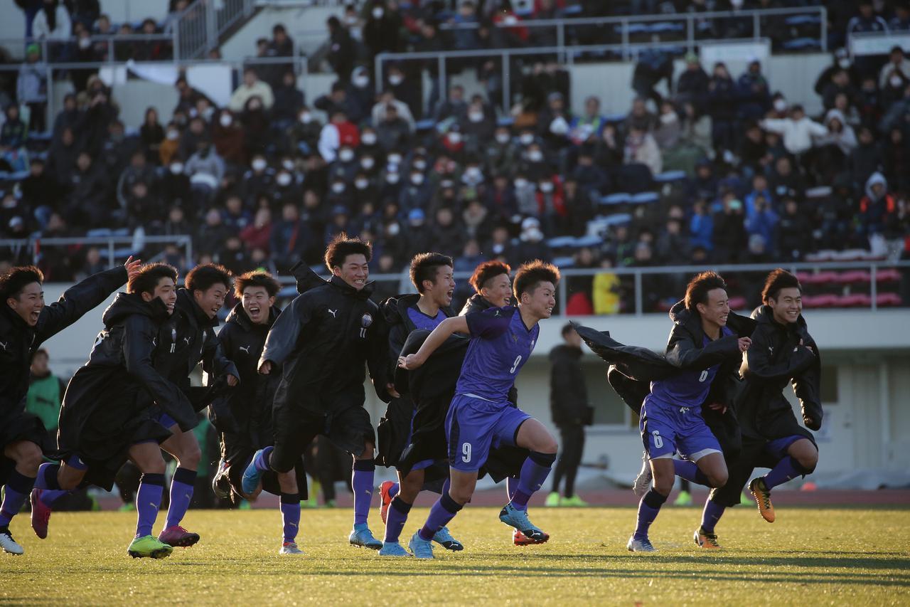 画像: 【1回戦】2度追いついた富山第一がPK戦の末に立正大淞南に競り勝つ - ベースボール・マガジン社WEB