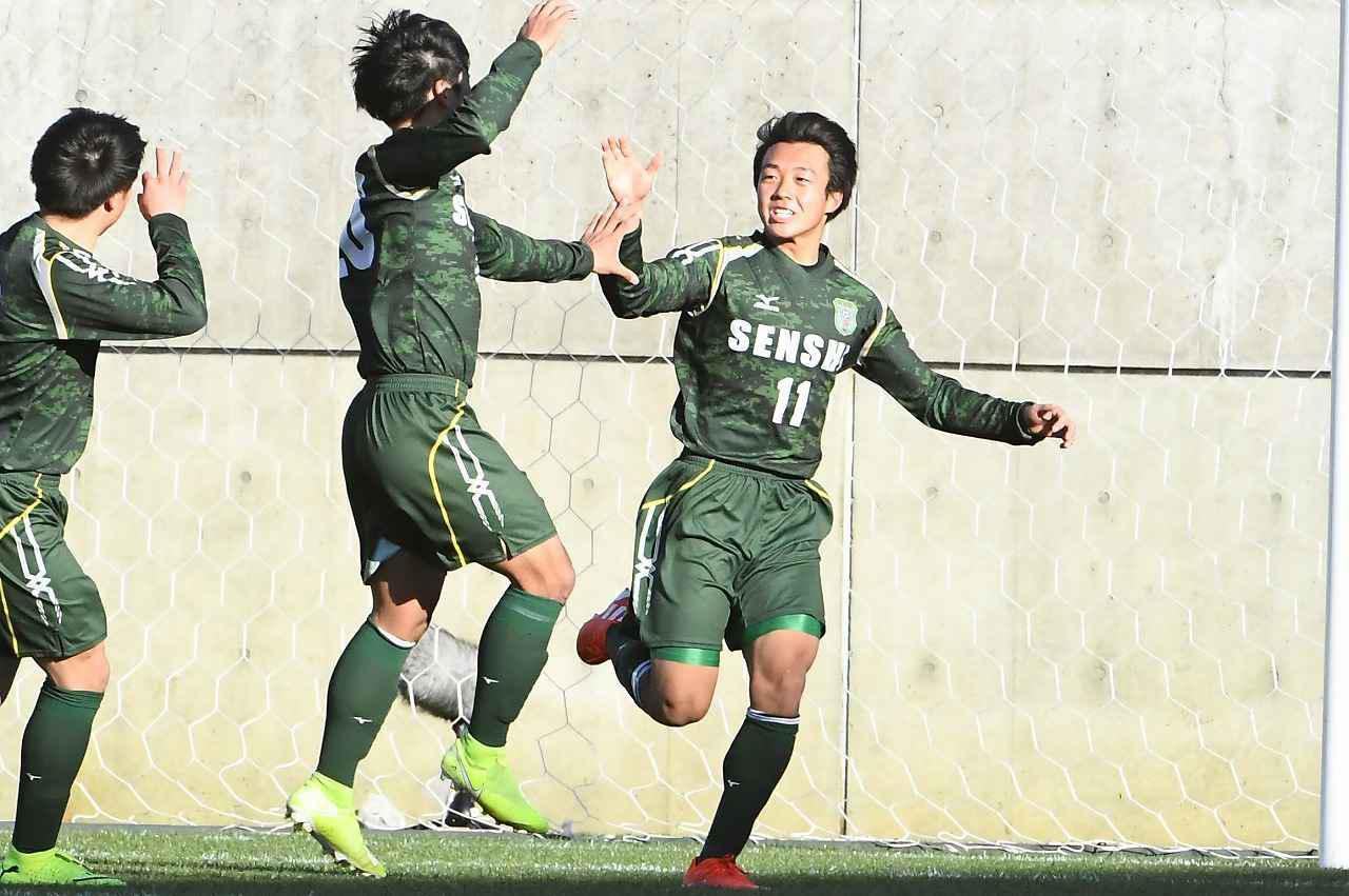 画像: 【1回戦】専大北上が阿部の2ゴール含む3発で龍谷を破り初戦突破 - サッカーマガジンWEB