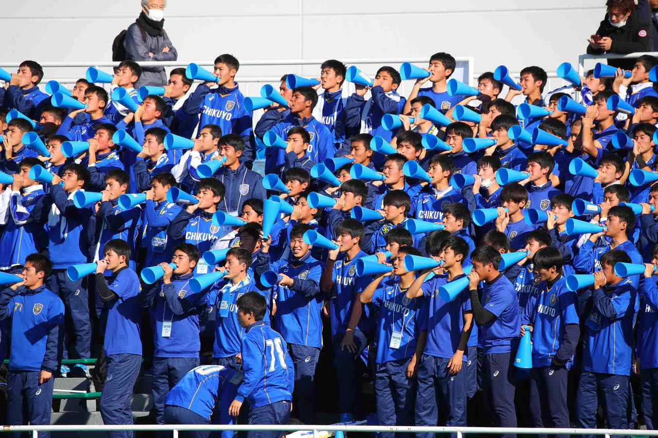Images : 5番目の画像 - シュート数でも逆転した筑陽学園が、3回戦へと進出した(写真◎菅原淳) - サッカーマガジンWEB