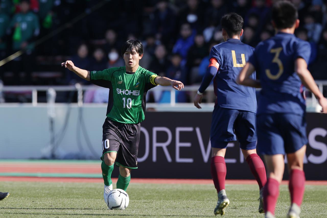 Images : 3番目の画像 - 主導権を握り続けた昌平が2-0で勝利した(写真◎佐藤博之) - サッカーマガジンWEB