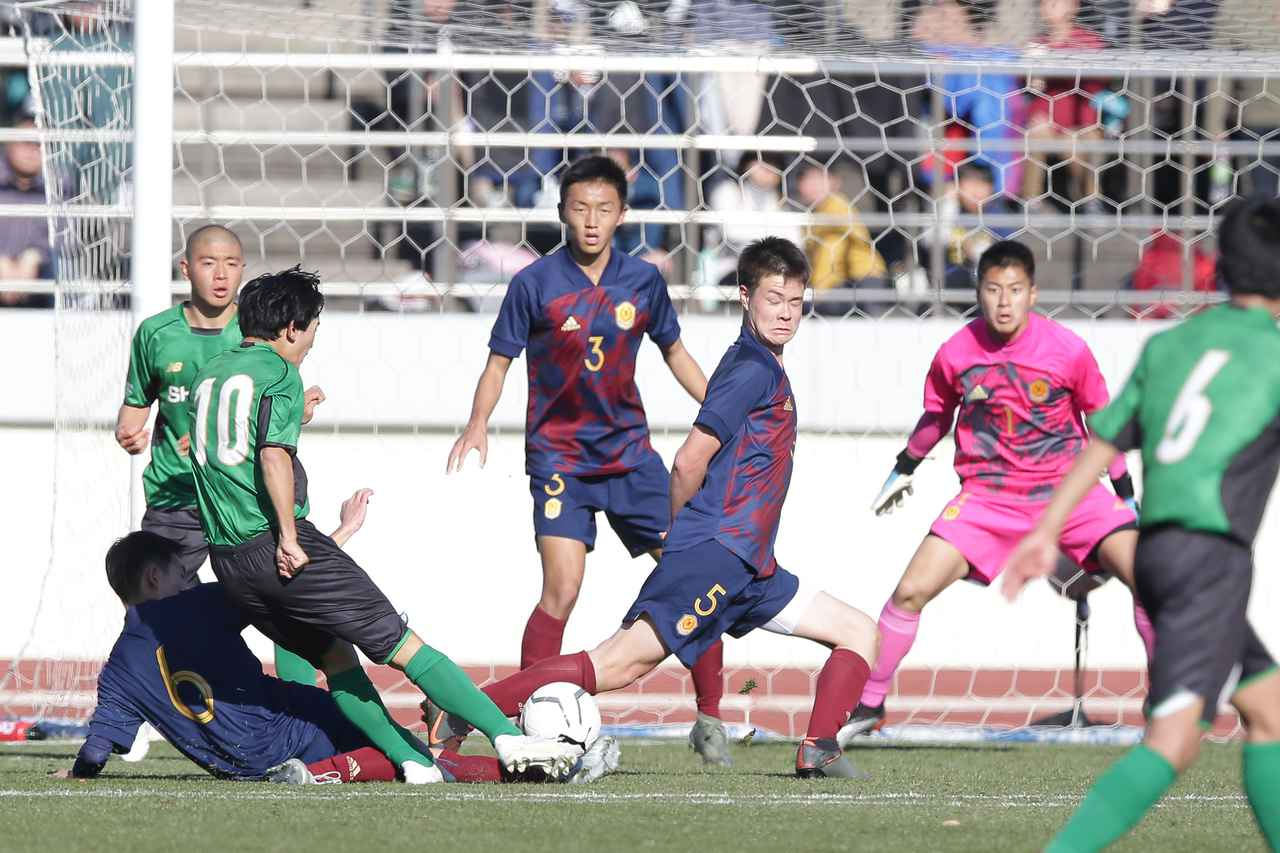 Images : 6番目の画像 - 主導権を握り続けた昌平が2-0で勝利した(写真◎佐藤博之) - サッカーマガジンWEB