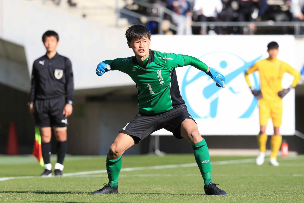 Images : 6番目の画像 - 激しい点の取り合いとなった試合は、PK戦で決着がついた(写真◎福地和男) - サッカーマガジンWEB