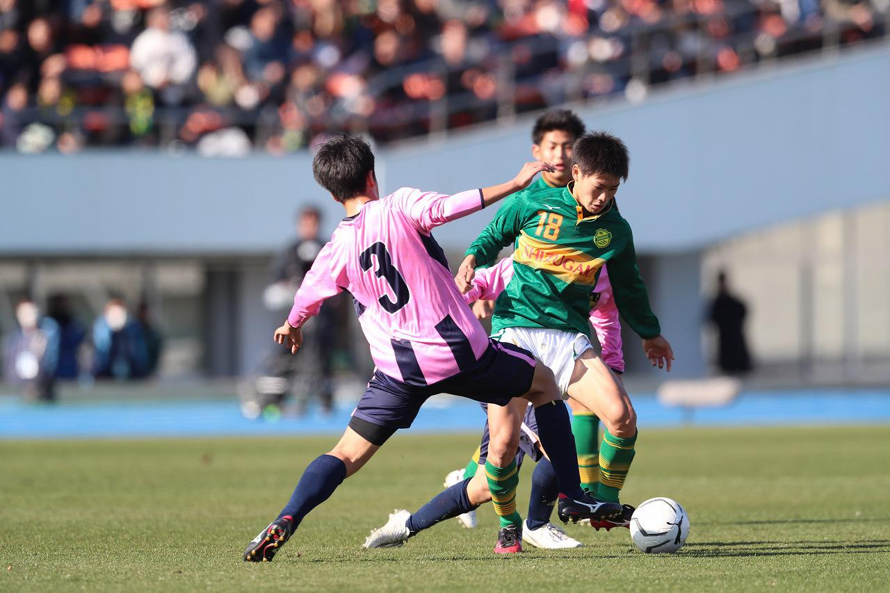 Images : 5番目の画像 - 静岡学園が今治東に完封勝利を収めた(写真◎中島光明) - サッカーマガジンWEB