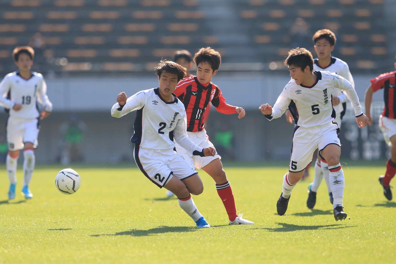 Images : 3番目の画像 - 激しい点の取り合いとなった試合は、PK戦で決着がついた(写真◎福地和男) - サッカーマガジンWEB