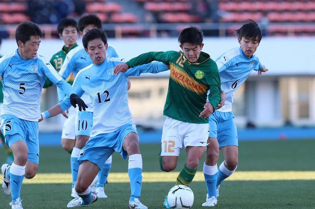 画像: 【準々決勝】静岡学園が阿部の先制弾と岩本の3得点で徳島市立を破る - サッカーマガジンWEB