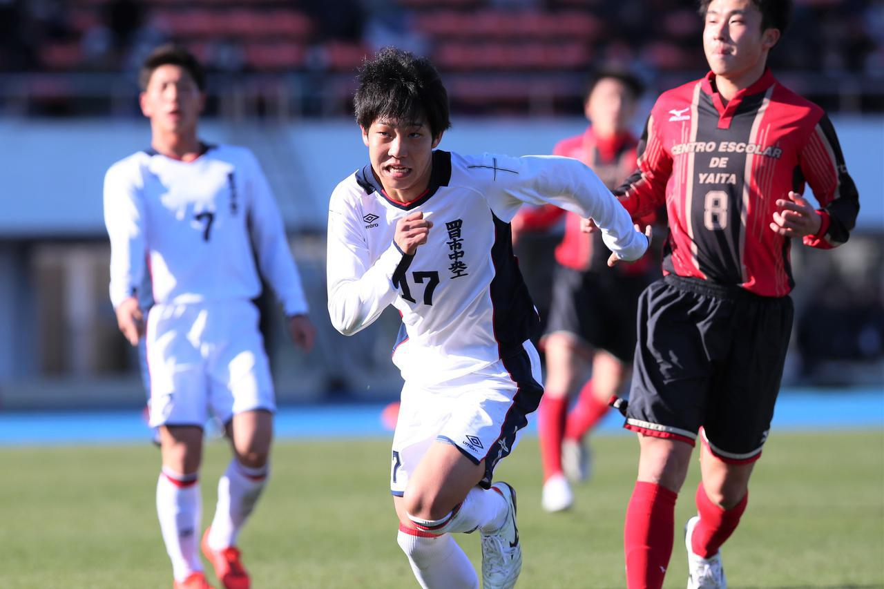 画像: 【準々決勝】野人の導きで鳥取へ、四中工FW田口「J2に昇格させる」 - サッカーマガジンWEB