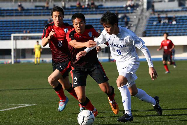 画像: 【3回戦】徳島市立が前半の1点を守り切り筑陽学園を撃破 - サッカーマガジンWEB