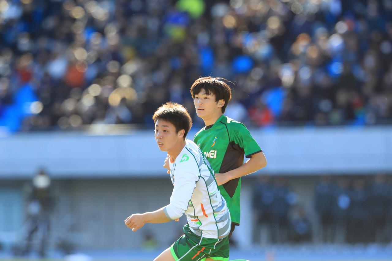 Images : 7番目の画像 - 後半は昌平が主導権を握るも、青森山田が前半のリードを守り切った(写真◎福地和男) - サッカーマガジンWEB