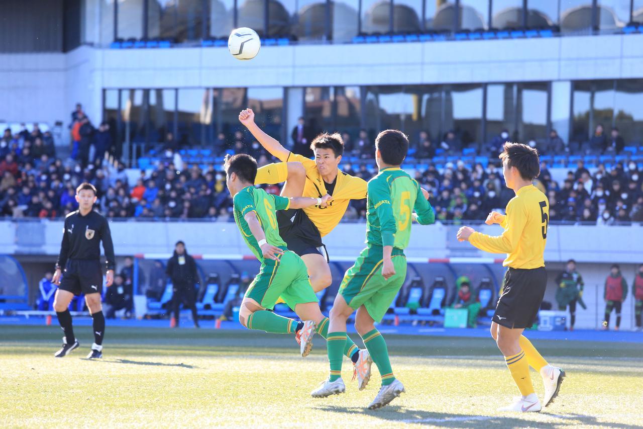 Images : 8番目の画像 - 帝京長岡が仙台育英に1-0で競り勝ち、新潟勢初の4強入り - サッカーマガジンWEB